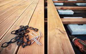 Welches Befestigungssystem für die Holzterrasse?